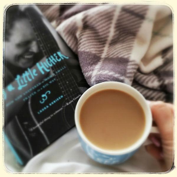 Book_bed_tea