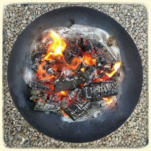 Happy_firepit2